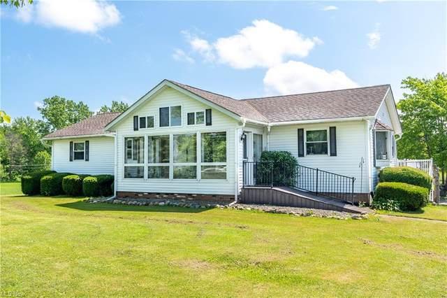 12901 Bass Lake Road, Chardon, OH 44024 (MLS #4290273) :: TG Real Estate