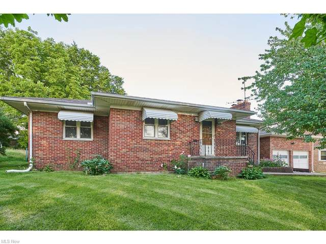 1875 Thornapple Avenue, Akron, OH 44301 (MLS #4290593) :: The Holden Agency