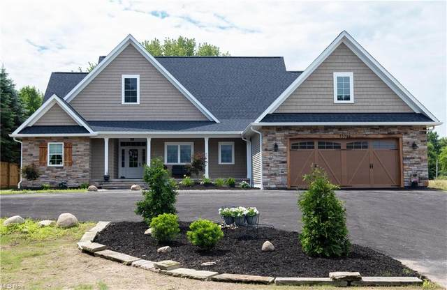 33355 Detroit Road, Avon, OH 44011 (MLS #4291337) :: The Holden Agency