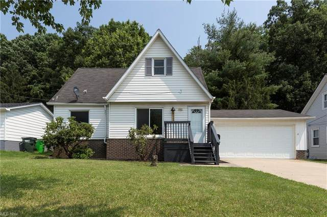 6029 Andover Boulevard, Garfield Heights, OH 44125 (MLS #4291506) :: TG Real Estate