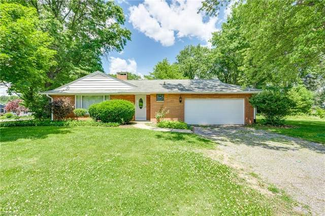 1441 Parkside Drive, Alliance, OH 44601 (MLS #4291528) :: The Crockett Team, Howard Hanna