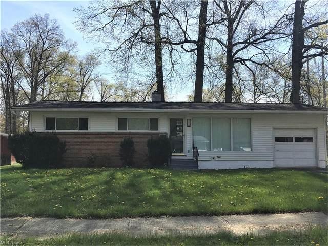2368 Montgomery Avenue, Warren, OH 44485 (MLS #4291929) :: Tammy Grogan and Associates at Keller Williams Chervenic Realty