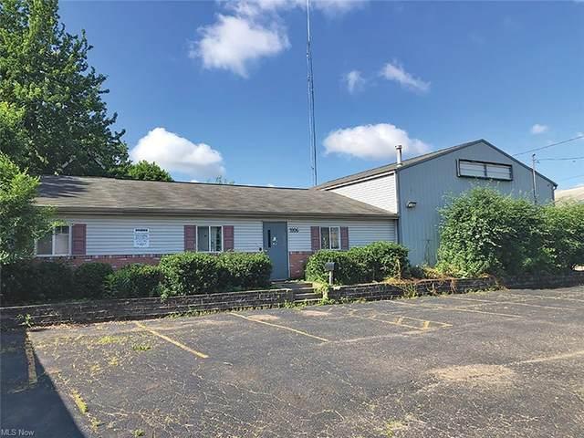 1806 Navarre Road SW, Canton, OH 44706 (MLS #4292004) :: Tammy Grogan and Associates at Keller Williams Chervenic Realty