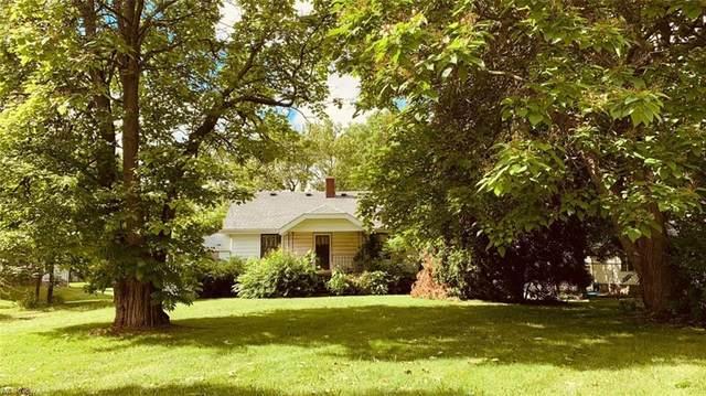 3226 Greensburg Road, North Canton, OH 44720 (MLS #4292094) :: Tammy Grogan and Associates at Keller Williams Chervenic Realty