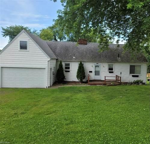 1654 N Ellsworth Avenue, Salem, OH 44460 (MLS #4294958) :: Tammy Grogan and Associates at Keller Williams Chervenic Realty