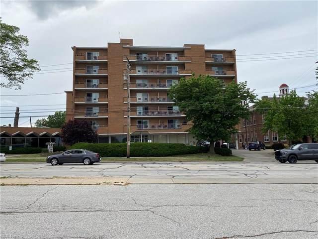 1480 Warren Road #214, Lakewood, OH 44107 (MLS #4295059) :: The Art of Real Estate