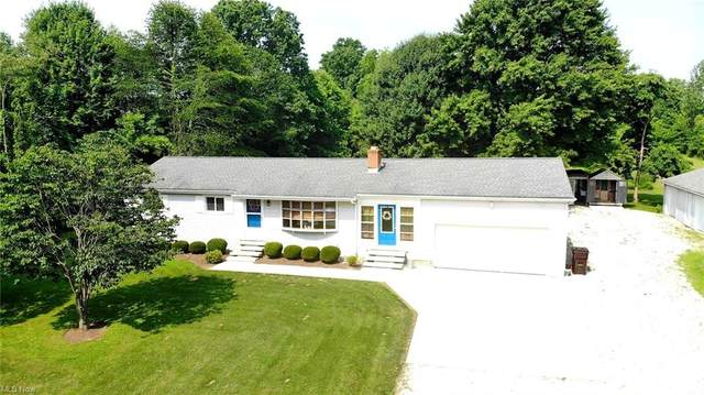 2731 Youngstown Kingsville Road, Cortland, OH 44410 (MLS #4295420) :: Tammy Grogan and Associates at Keller Williams Chervenic Realty