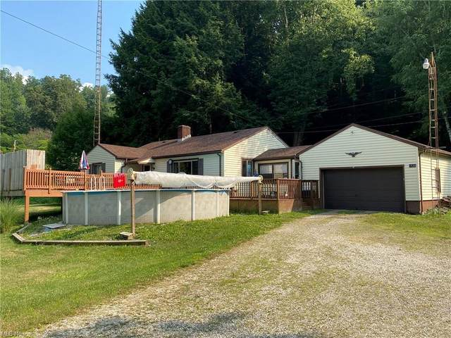 1720 State Route 416 SE, New Philadelphia, OH 44663 (MLS #4296193) :: The Art of Real Estate