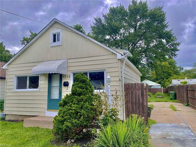 1235 E 346th Street, Eastlake, OH 44095 (MLS #4296633) :: Tammy Grogan and Associates at Keller Williams Chervenic Realty