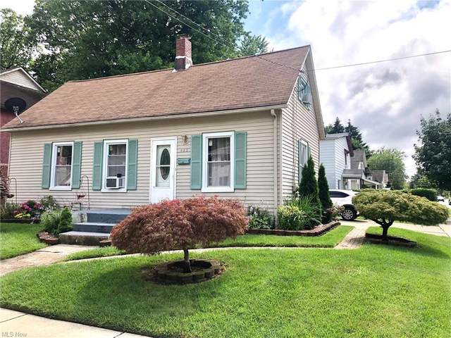 462 S Saint Clair Street, Painesville, OH 44077 (MLS #4297386) :: Tammy Grogan and Associates at Keller Williams Chervenic Realty