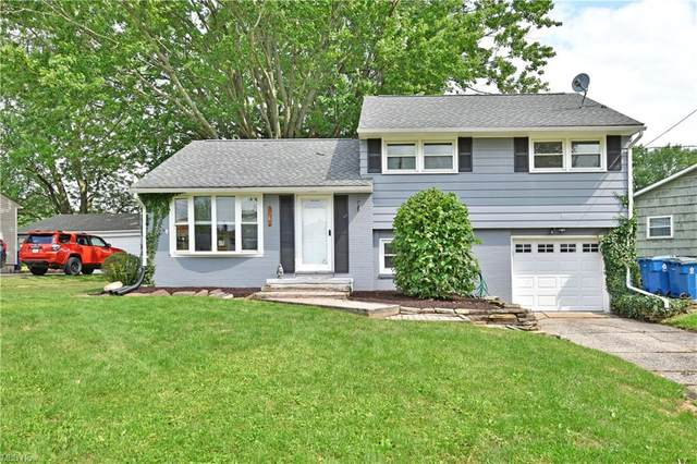 4083 Jeanette Drive SE, Warren, OH 44484 (MLS #4297438) :: The Holly Ritchie Team
