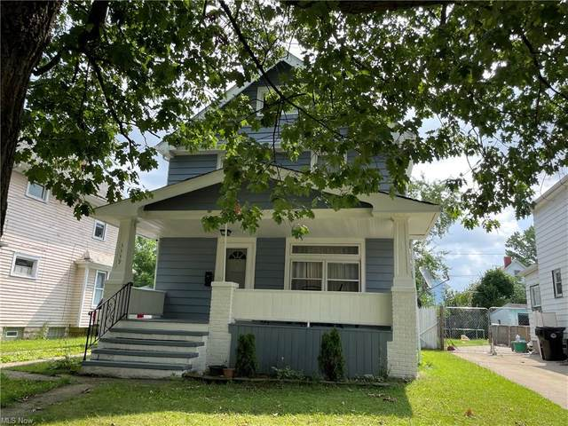 3339 W 94th Street, Cleveland, OH 44102 (MLS #4298140) :: The Holden Agency