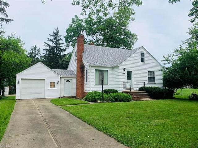 5930 Pearl Road, Parma Heights, OH 44130 (MLS #4298268) :: The Holden Agency