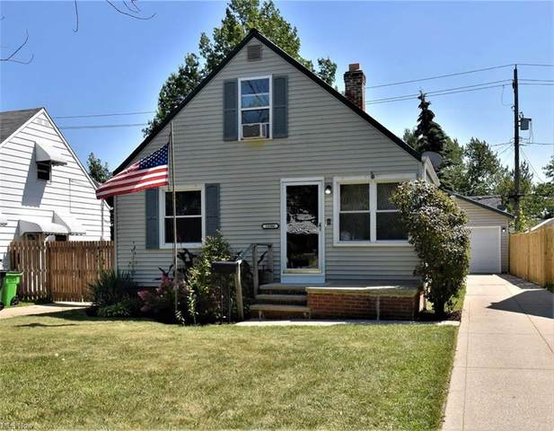 13306 Oak Park Boulevard, Garfield Heights, OH 44125 (MLS #4298673) :: The Holden Agency