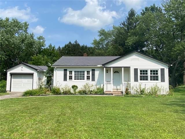 146 Maple Avenue, Chardon, OH 44024 (MLS #4298802) :: Tammy Grogan and Associates at Keller Williams Chervenic Realty