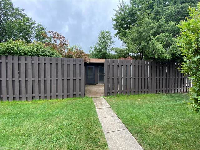 40 Greenfield Court, Berea, OH 44017 (MLS #4299365) :: The Art of Real Estate