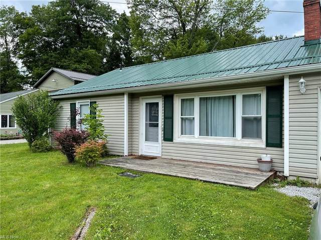 16028 Madison Road, Middlefield, OH 44062 (MLS #4299714) :: The Jess Nader Team | REMAX CROSSROADS