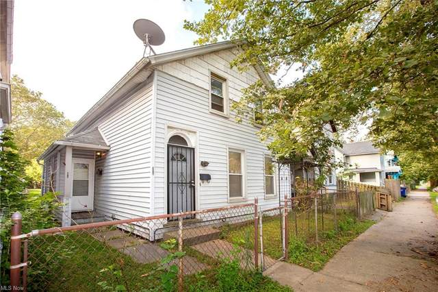 3315 Seymour Avenue, Cleveland, OH 44113 (MLS #4299741) :: The Holden Agency