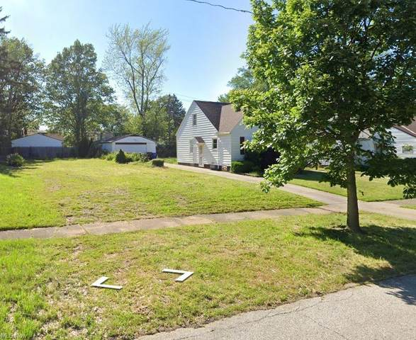 3814 Lee Heights Boulevard, Cleveland, OH 44128 (MLS #4299872) :: Tammy Grogan and Associates at Keller Williams Chervenic Realty