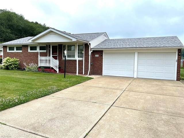 725 Lynnwood Drive, Minerva, OH 44657 (MLS #4300173) :: RE/MAX Trends Realty