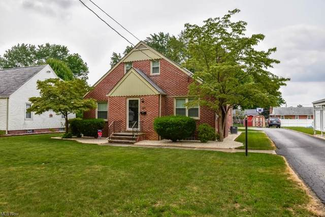 226 Woodrow Street NW, North Canton, OH 44720 (MLS #4300451) :: The Art of Real Estate