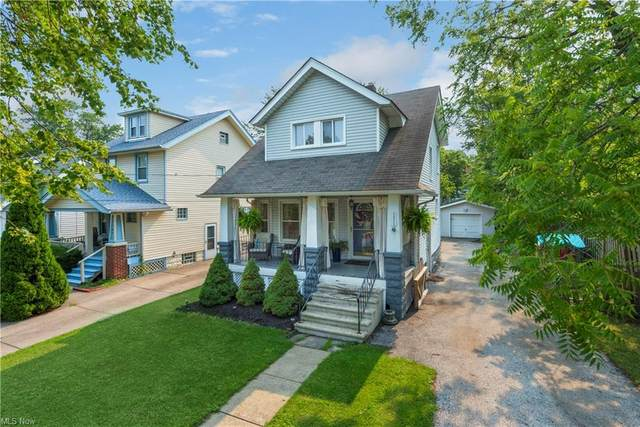 1313 Cook Avenue, Lakewood, OH 44107 (MLS #4300858) :: The Holly Ritchie Team