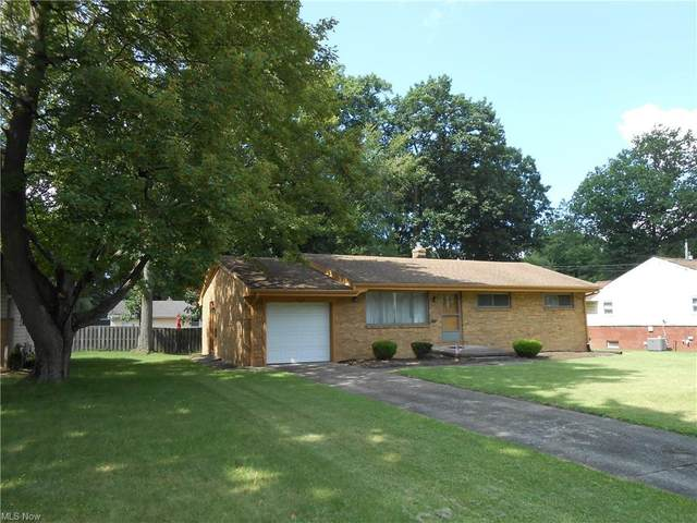4274 Woodleigh Lane, Austintown, OH 44511 (MLS #4301003) :: The Art of Real Estate