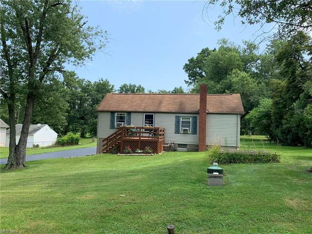 3389 Niles Carver Road, Mineral Ridge, OH 44440 (MLS #4301303) :: The Art of Real Estate