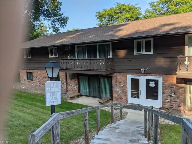 5721 Som Center Road #25, Solon, OH 44139 (MLS #4301480) :: The Crockett Team, Howard Hanna