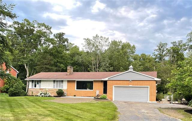 11791 Summers Road, Chesterland, OH 44026 (MLS #4301670) :: Calabris Real Estate Group