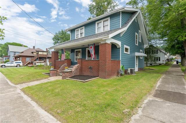 304 E Lisbon Street, Waynesburg, OH 44688 (MLS #4301787) :: The Art of Real Estate