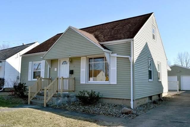 2291 Linda Drive NW, Warren, OH 44485 (MLS #4301922) :: Keller Williams Chervenic Realty