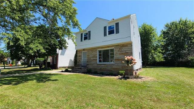323 E 215th Street, Euclid, OH 44123 (MLS #4302030) :: The Holden Agency