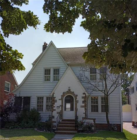 84 E 214th Street, Euclid, OH 44123 (MLS #4302157) :: The Holden Agency