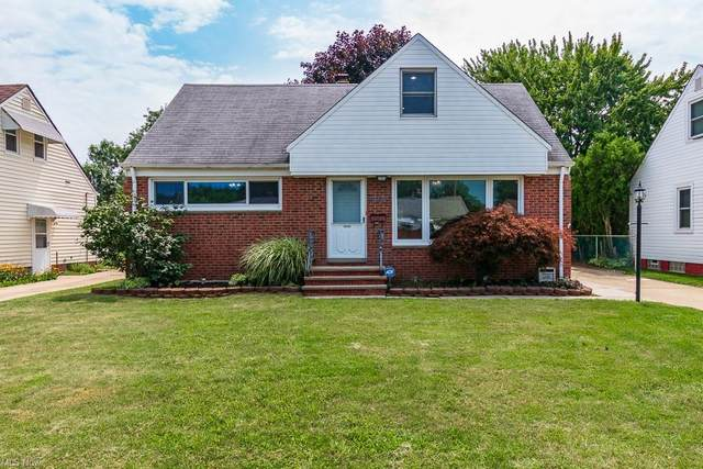 30404 Oakdale Road, Willowick, OH 44095 (MLS #4302262) :: TG Real Estate