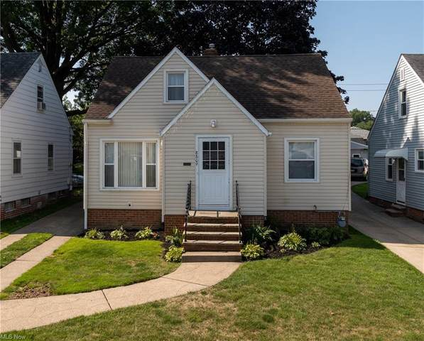 8809 Fernhill Avenue, Parma, OH 44129 (MLS #4302367) :: The Holly Ritchie Team