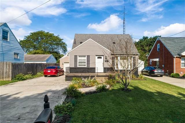 443 Jackson Avenue NW, Massillon, OH 44646 (MLS #4302409) :: Keller Williams Legacy Group Realty
