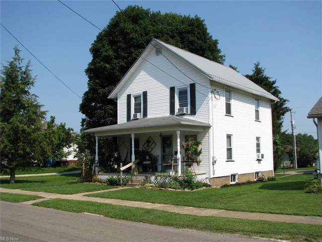 276 Walnut Street, Millersburg, OH 44654 (MLS #4302423) :: The Kaszyca Team