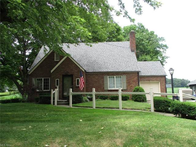 532 Park Avenue SW, Bolivar, OH 44612 (MLS #4302947) :: The Holly Ritchie Team
