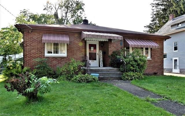 1835 7th Street, Cuyahoga Falls, OH 44221 (MLS #4302962) :: Keller Williams Legacy Group Realty