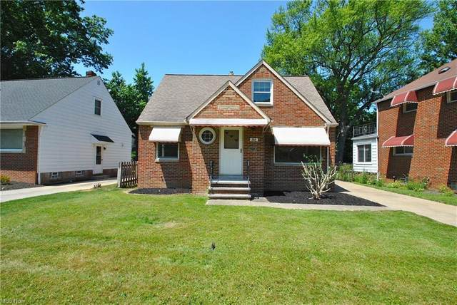 246 E 272nd Street, Euclid, OH 44132 (MLS #4303126) :: TG Real Estate