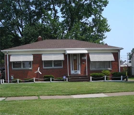 5581 W 54th Street, Parma, OH 44129 (MLS #4303156) :: Simply Better Realty