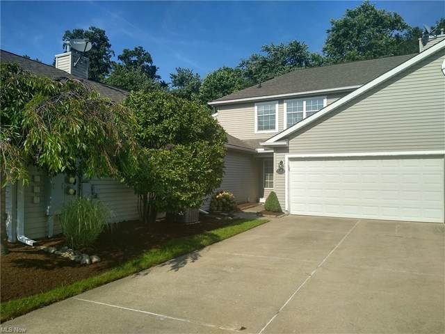 7576 Monterey Bay Drive #4, Mentor-on-the-Lake, OH 44060 (MLS #4303196) :: The City Team
