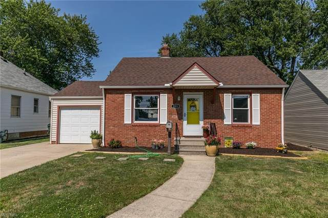 253 E 326th Street, Willowick, OH 44095 (MLS #4303216) :: TG Real Estate