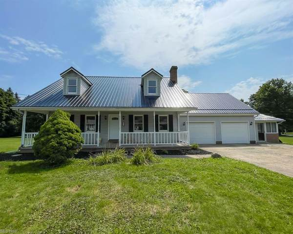 923 Ridgefield Avenue, Alliance, OH 44601 (MLS #4303342) :: RE/MAX Trends Realty