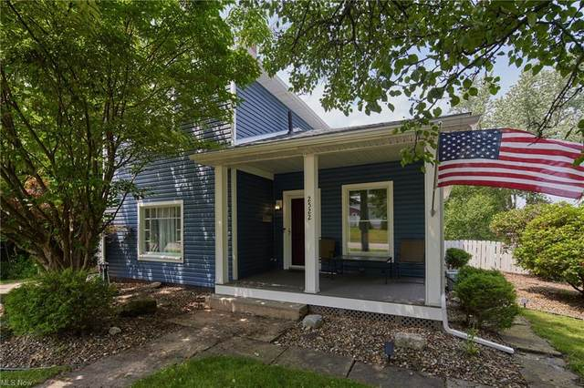 2522 Lincoln Way NW, Massillon, OH 44647 (MLS #4303549) :: The Jess Nader Team | REMAX CROSSROADS