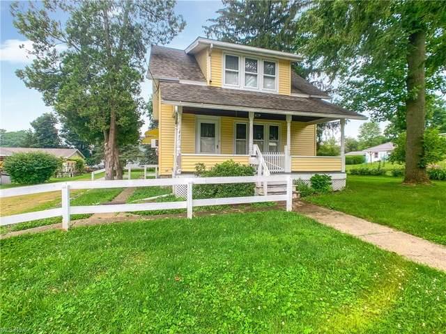 923 Highlander Street NW, Massillon, OH 44647 (MLS #4303571) :: The Jess Nader Team | REMAX CROSSROADS