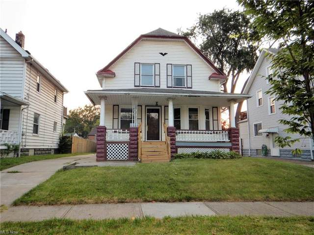 3892 E 42nd Street, Newburgh Heights, OH 44105 (MLS #4303624) :: The Holden Agency