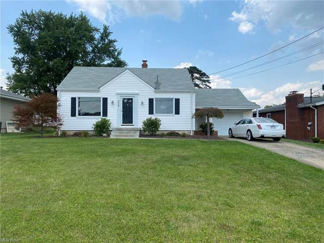 353 Como, Struthers, OH 44471 (MLS #4303846) :: TG Real Estate