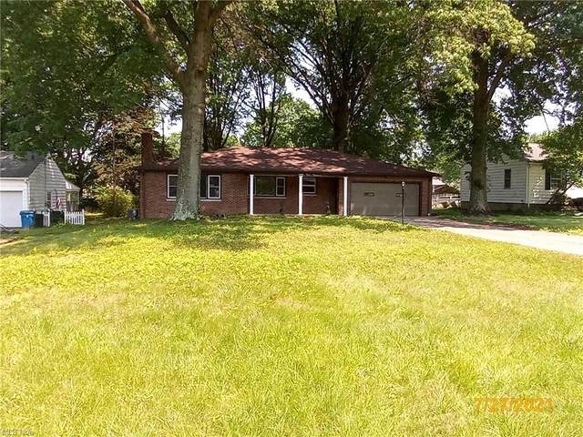 808 Ewing Road, Youngstown, OH 44512 (MLS #4303876) :: TG Real Estate